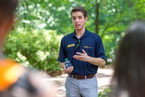 campus tour guide