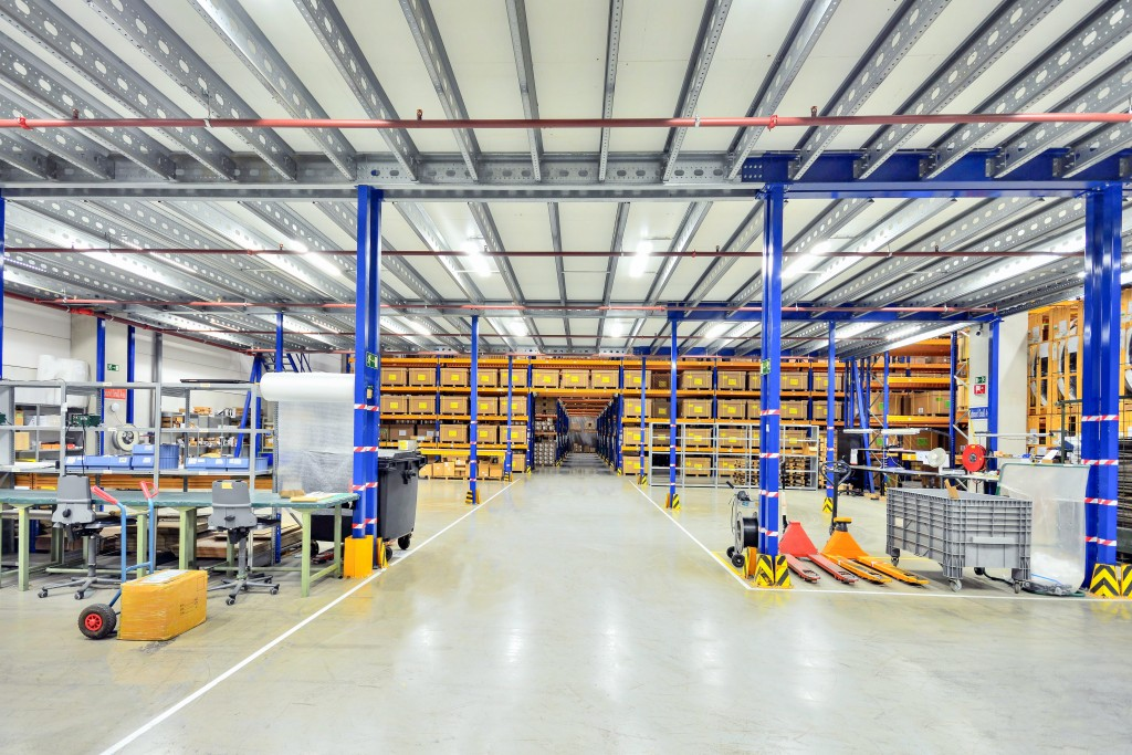 Warehouse that is clean and organized