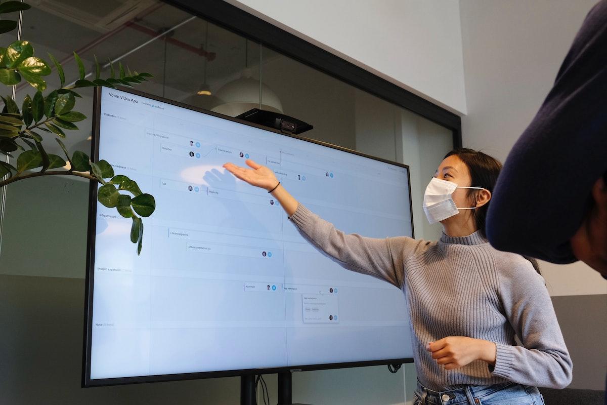 teacher undergoing virtual classes